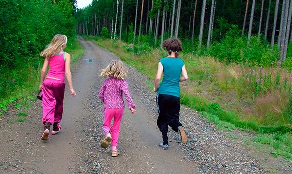 niños-practicar-running